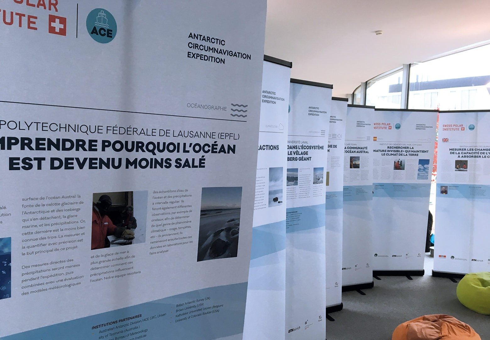 Exposition Roll-ups Antarctic Circumnavigation Expedition (EPFL)